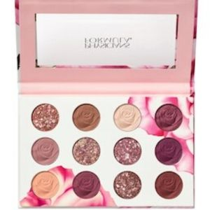 Rosé🌹All Play Eyeshadow Bouquet💐 NWT/SEAL